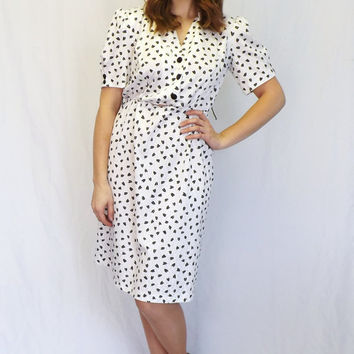 Vintage 80s does 40s Black White Tulip Polka Dot T F Shirt Shift Day 50s Wiggle Dress Sundress Size Small Petite Tea Dress Country Folk