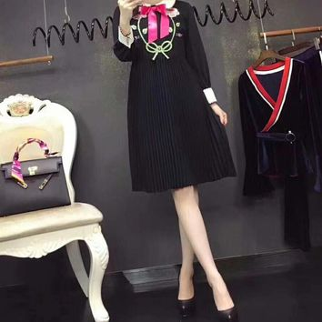 """Gucci"" Women Temperament Fashion Flower Tiger Head Embroidery Bow Lapel Multicolor Long Sleeve Pleated Dress"