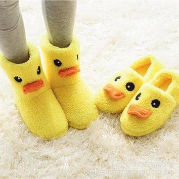 New Design Winter Soft Plush Indoor Yellow Duck Home Shoes Woman Cute Indoor Slippers Women Animal Shape Warm Up Slipper