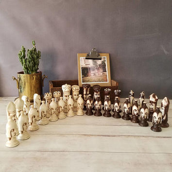 Handmade Vintage Chess Set/ Mid Century Duncan Ceramic Chess Set/ Alice in Wonderland/ Vintage Chess Pieces/ Oversized Chess Set/ Chess gift