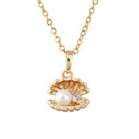 Pearl Mussel Pendant Fashion Necklace