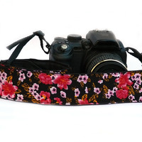 dSLR Camera Strap with Flowers. Red, Pink and Black Camera Strap. Women accessories