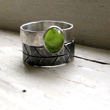 Green Peridot Ring Wedding Set - Dark Silver Stack Set