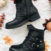 ELLIE CHUNKY BOOTS- BLK