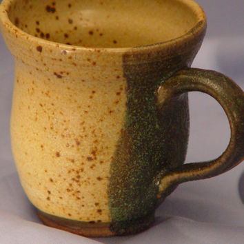 "Coffee Cup \ Tea Cup pottery Mug, Yellow & Green earth tone ""Bella"", Wheel Thrown Pottery ceramic"