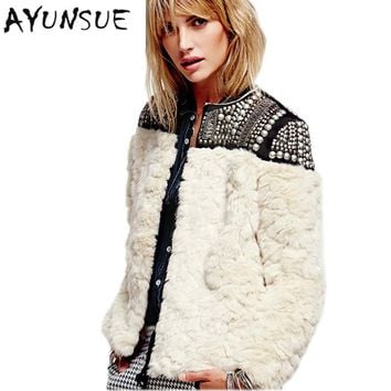 2017 new fashion Europe brand women winter wool fur coat beige long sleeve beading patchwork thick warm jackets and coats S2691