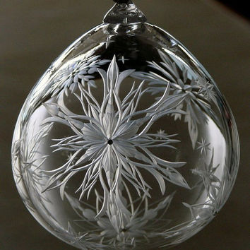Hand Engraved Snowflake Ornament. Hand blown at Simon Pierce Glass. centers set with Swarovski crystal. Collector Piece, fine art, one