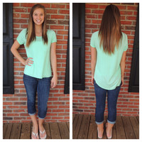Solid Pocket Detail High-Low Top