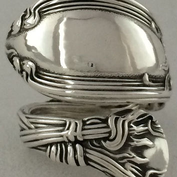 Size 8 Vintage Sterling Silver Tiger Lily Spoon Ring