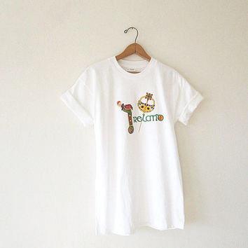 Vintage 80's IRELAND St Patrick's Day Embroidered Screen Stars Tourist Souvenir White T Shirt Sz M