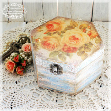 Vintage roses on driftwood- Box for jewelry,Vintage look wooden box / Hexagon box large size