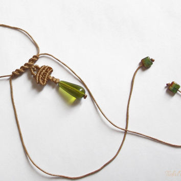 Green waterdrop necklace, lariat necklace in gold tone and green glass, macrame necklace, unique necklace, weird necklace,gold cord necklace