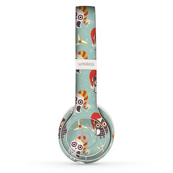 The Cartoon Snowy Colored Owls Skin Set for the Beats by Dre Solo 2 Wireless Headphones