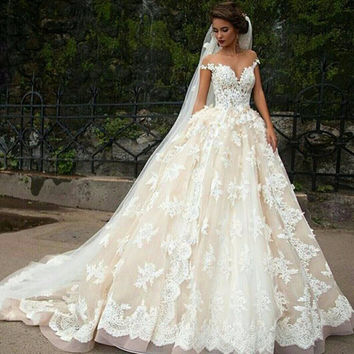 Saudi Arabia New White Lace Weeding Dresses 2016 Elegant Appliques Long Ball Gown Wedding Gowns Hot Sale Wedding Dresses
