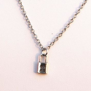 Retro Cute Lock Pendant Necklaces For Women