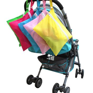 New Solid Baby Out Clothes Baby Diaper Bags Feeding Bottles Nappy Changing Bibs Hang Stroller Storage Bag Accessory
