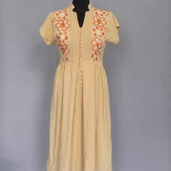 Vintage 1930s 1940's Golden Yellow Floral Embroidered Shirt Dress Flirty Midi Sundress Size Small Nehru Collar Folk Day Dress Country Sweet