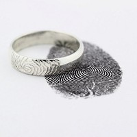 Ink Pad for Custom Fingerprint 14K White Gold Engraving Wedding Band Ring, pendant finger print