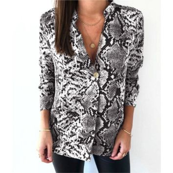 STYLEDOME Snake Print Blouse Casual Long Sleeve Plus Size V Neck Shirt Animal Pattern Fashion Women Blouses Spring Autumn 2019
