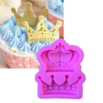 NEW Crowns From Princess Queen 3D Silicone Mold Fondant Cake Cupcake Decorating Tools Clay Resin Candy