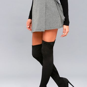 Slammin Black Over The Knee Boots