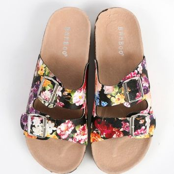 Bamboo Defeat-01z PU Buckle Floral Sandals