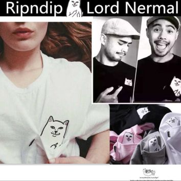 """Lord Nermal""print cat Pocket couples with short sleeves"