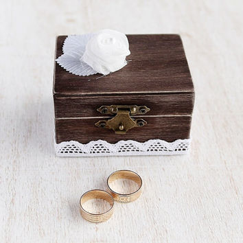 Wood Ring Box, Rustic Ring Box, Country Wedding Ring Box, Woodland, Small Wood Ring Box, Natural Wood Ring Bearer Box, Keepsake Ring Box