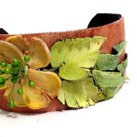 Floral leather cuff bracelet. Women's statement bracelet. Leather jewelry.
