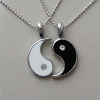 Split Yin Yang Love Best Friend Silver Pewter Pendant witth Ball-Chain Necklaces