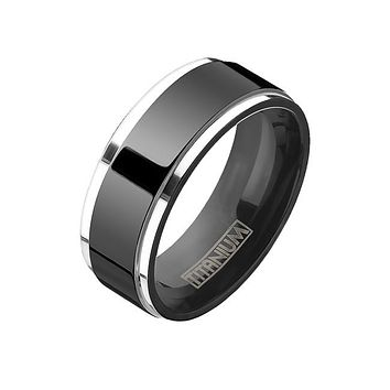 Hardy - Men's Titanium Two Tone Step Edge Black IP Ring
