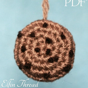 Elfin Thread - Chocolate Chips Cookie Amigurumi Keychain / Keyring PDF Pattern (Miniature cookie pattern keychain)