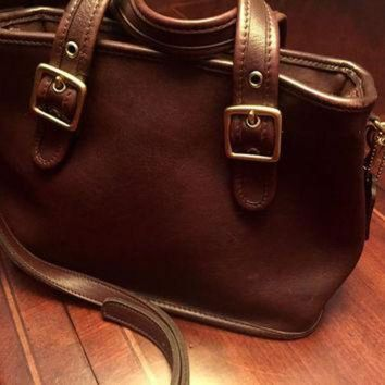 Beautiful Vintage Brown Leather Authentic Coach Crossbody Bag With Handles Made In Usa - Beauty Ticks