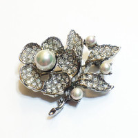 Vintage Pave Rhinestone Brooch Pin, Unsigned Jonette, Pearls, Clear, Silvertone, Bridal