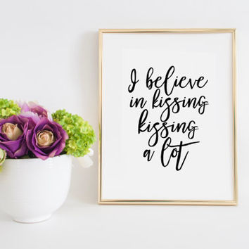 Audrey Hepburn Quote Print Audrey Hepburn Print Typography Print Women gift Always kiss me Goodnight Sign Inspirational Print Love Sign