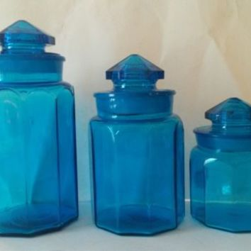Vintage LE Smith Panel Pattern Canister Set of 3 With Lids Blue