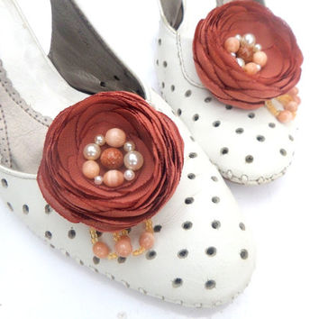 Shoe Clips, Brown, chocolate flowers, Silk Flower ,Chocolate wedding   ,Wedding , Accessories wedding , Accessories women , Shoe Accessories