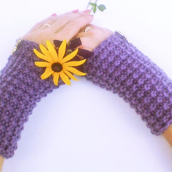 Plum purple buttoned knit wrist warmers, birthday gloves, dark mauve arm cuffs with gold buttons, elegant gloves, thick mittens