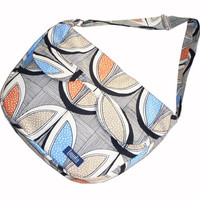 Bike messenger bag with striped tribal pattern