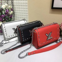 LV latest wave chain bag shoulder bag