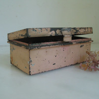 Tatty tin box ~ 50s pink cash box named Twinkle