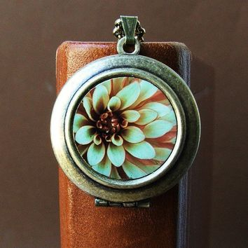 Creme de Menthe - Flower Photo Locket Necklace
