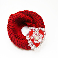 cowl Scarf // Red infinity scarf, Valentine's day ,red felt and lace heart decorated cowl scarf, heart, Women Accessories , fast shipping