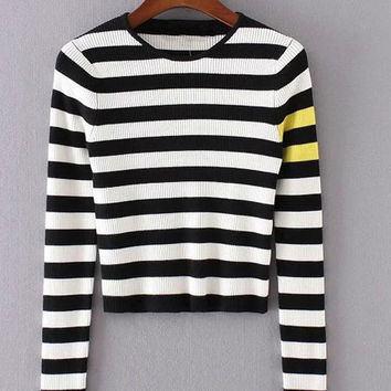 White And Black Striped Short Knitwear
