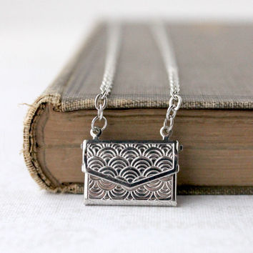 Tiny Silver Envelope Necklace - Keepsake Jewelry - Love Note Necklace - Envelope Locket Jewelry - Romantic Minimalist Jewelry