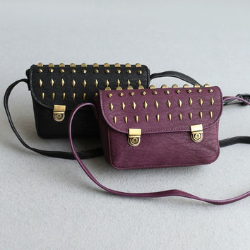 Stylish Vintage Rivet Shoulder Bags Korean Bags Messenger Bags [4915788420]