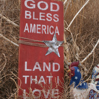 God Bless America Sign Rustic Sign Vintage Sign Patriotic Sign Distressed Home Decor Wall Art Primitive