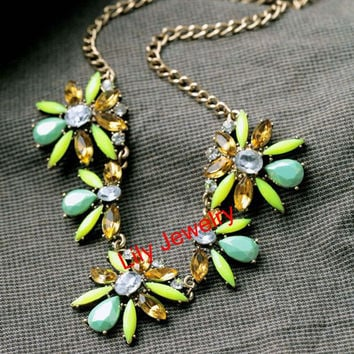 Fashion Flower Necklace Jewelry Gold Chunky Chain Necklace Bib Floral Statement Necklace Bubble Bib Collar Necklace Cheap Necklace Jewelry