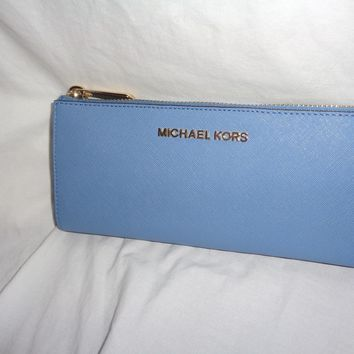 MICHAEL KORS JET SET TRAVEL LARGE THREE QUARTER ZIP SKY LEATHER WALLET CLUTCH