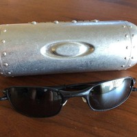 Oakley sunglasses men polarized Square Wire 2.0. W/ Bullet Case